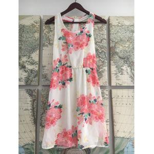 🌵Charming Charlie White Mini Summer Dress Sz S